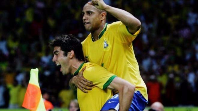 Video - Kaka'dan Roberto Carlos'a sosyal medya şakası