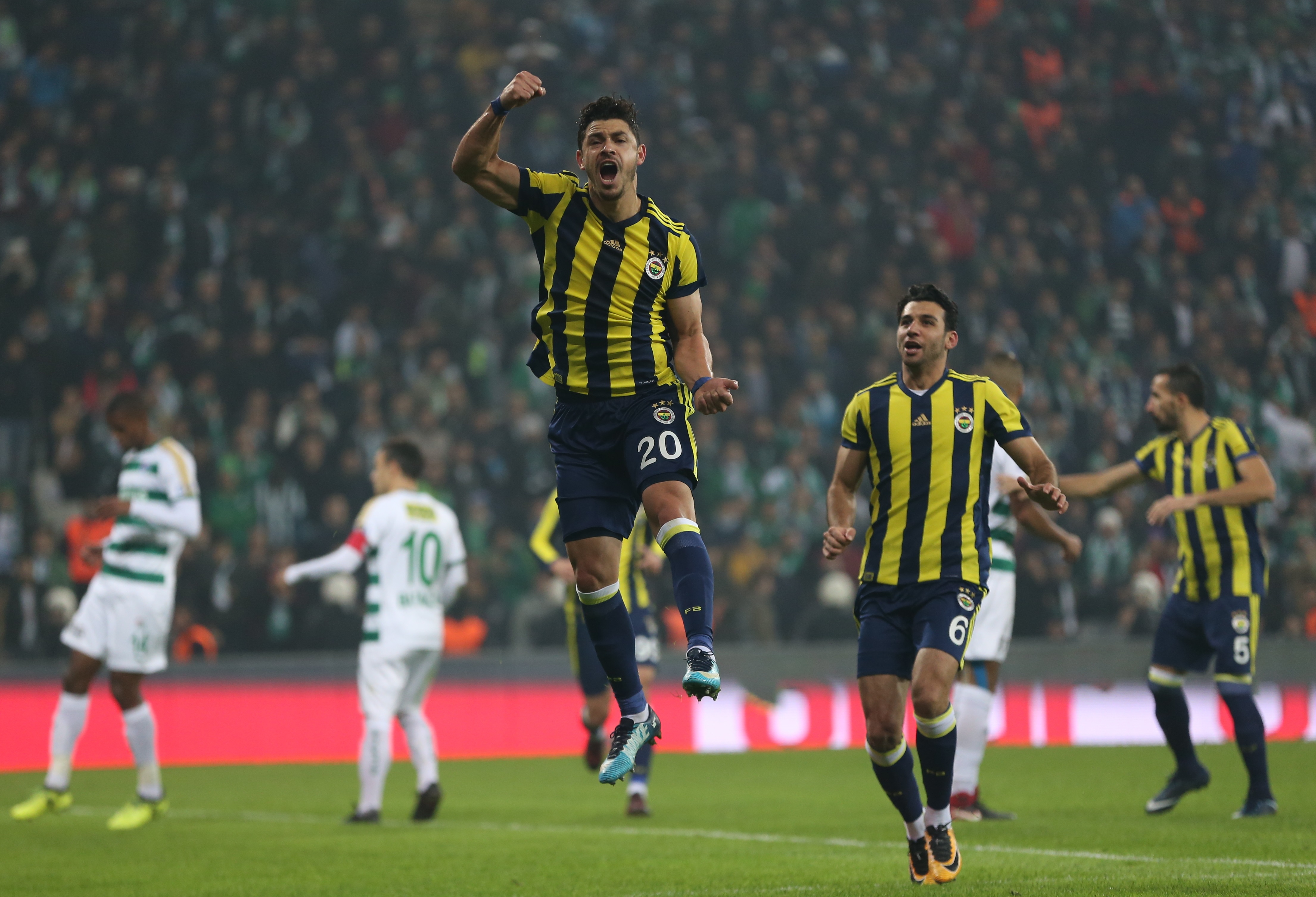 Fenerbahçe'nin performansını değerlendirdi