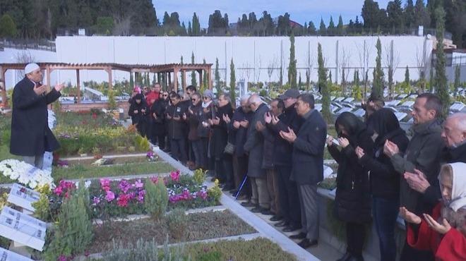 Vedat Olcay, mezarı başında anıldı