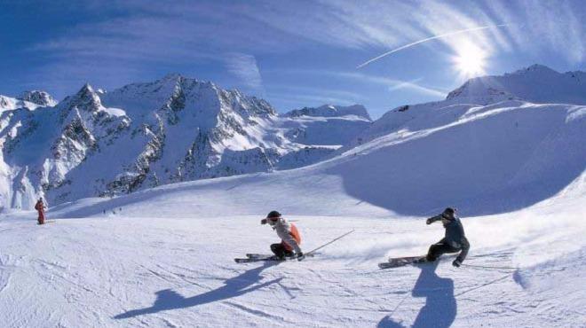 Yüksekovalı kayakçılar yarışlara iddialı hazırlanıyor