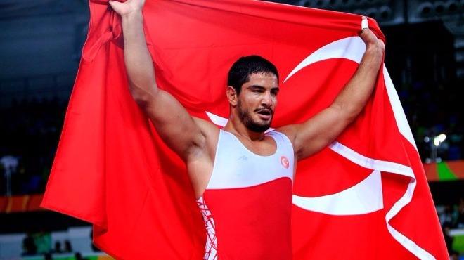 Taha Akgül'de olimpiyat sevinci