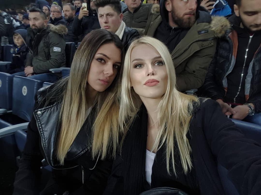 Fenerbahçe maçında herkes bu güzelleri merak etmişti! Gerçek ortaya çıktı...