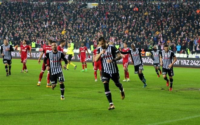 Sivasspor-Beşiktaş maçında %87 doluluk oranı yakalandı