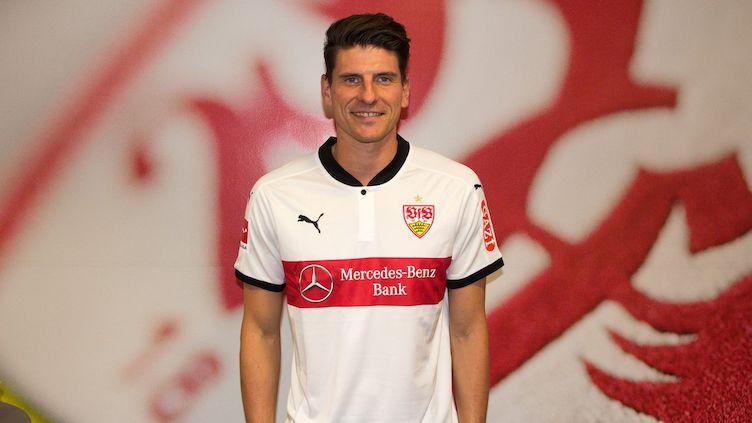 Mario Gomez Stuttgart formasını giydi