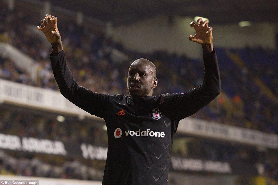 Beşiktaş'ta Demba Ba transferi için görüşme