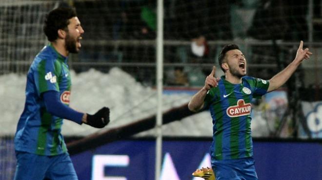 Çaykur Rizespor, Özgür Çek'le sözleşme yenilemedi!