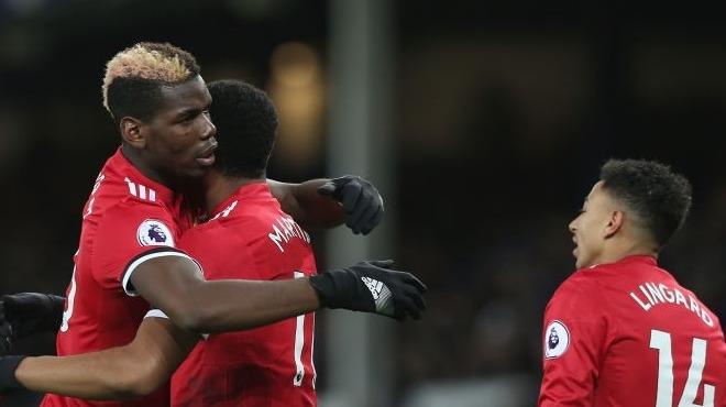 Manchester United Everton'ı devirdi, özlemi dindirdi