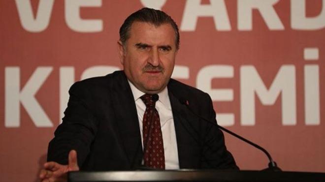 Video - Gençlik ve Spor Bakanı Osman Aşkın Bak saha açılışı yaptı