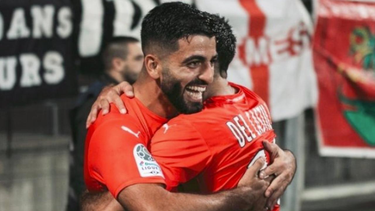 Türk oyuncu, takımını Ligue 1'e taşıdı! Umut Bozok'un formasını giydiği Nimes...