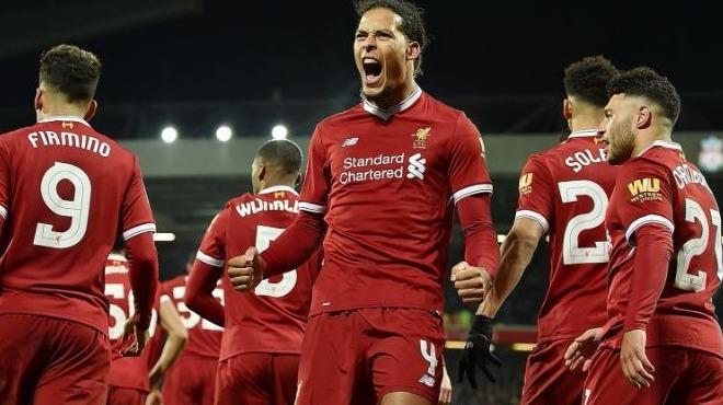 Liverpool, Cenk Tosun'un yeni takımına acımadı!