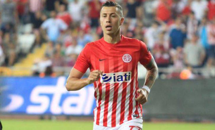 Antalyaspor'da iç transfer hareketliliği! Emre Güral takımda kalacak mı?