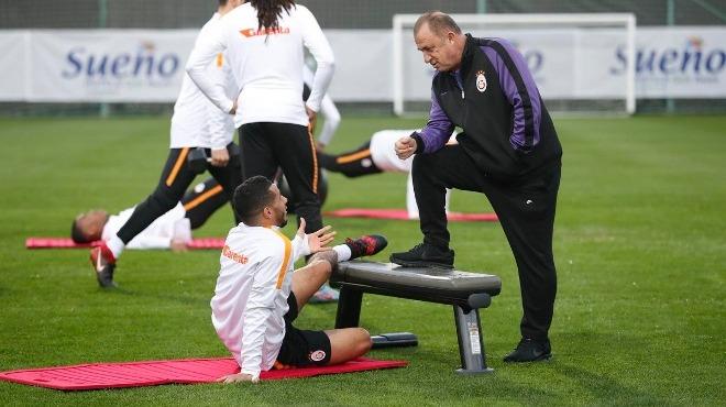 Galatasaray'ın Belhanda kararı! O da mı gidiyor?