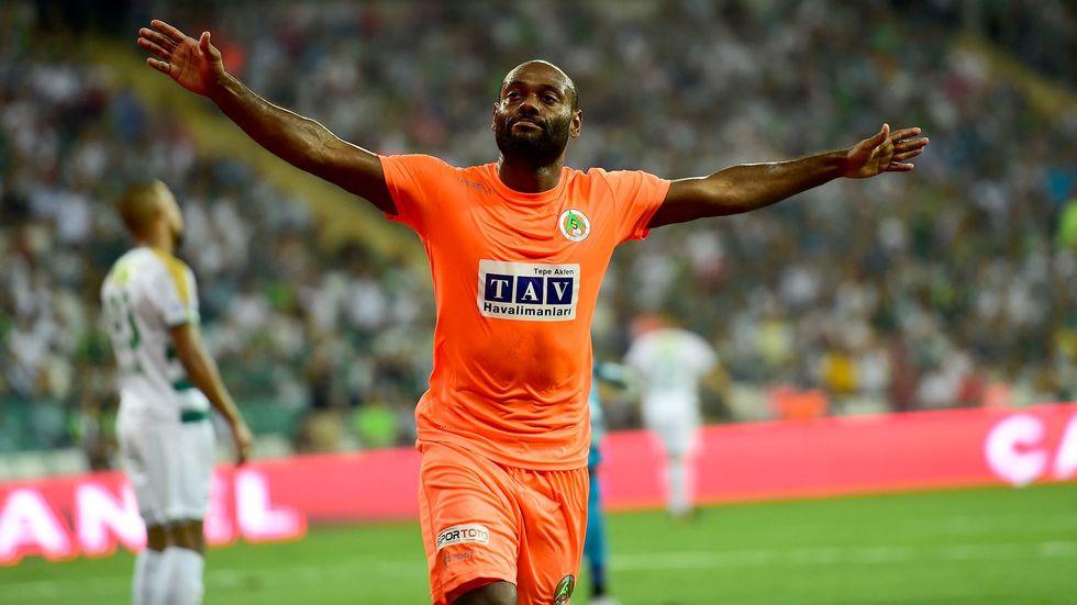 Alanyaspor'dan Vagner Love açıklaması! Beşiktaş'a transfer olacak mı?
