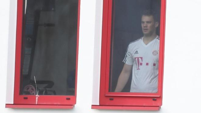 Bayern Münih'e Neuer'den iyi haber!