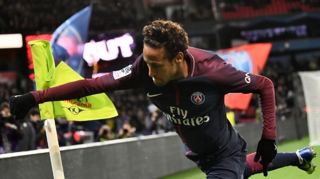 Neymar alev aldı PSG abarttı