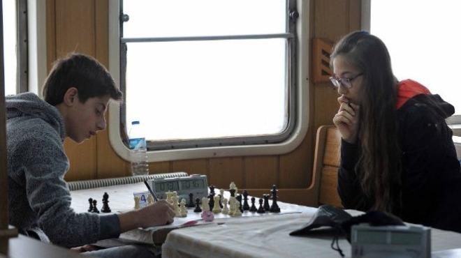 Gemide satranç turnuvası düzenlendi