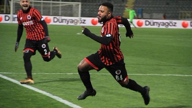 Ümit Özat, Sessegnon transferine övgüler yağdırdı
