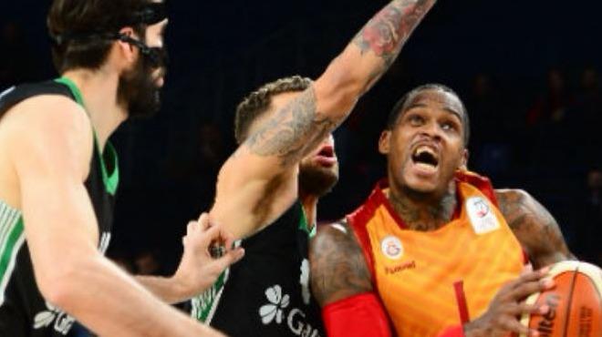 Galatasaray Odebank evinde Darüşşafaka'ya diş geçiremedi!