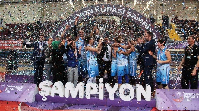 İzmit Belediyespor şampiyon oldu!