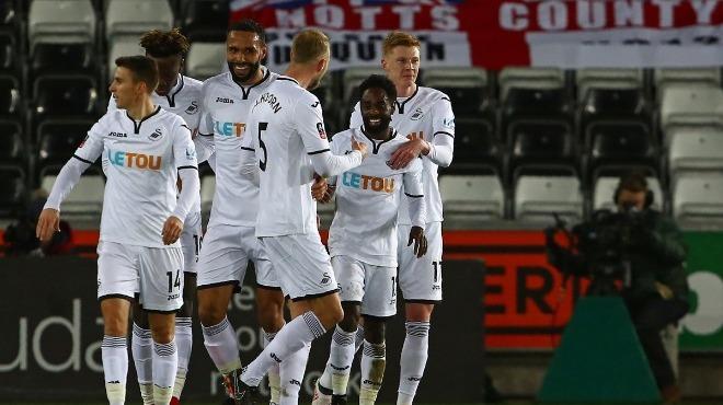 Swansea City, Notts County karşısında gol olup yağdı!