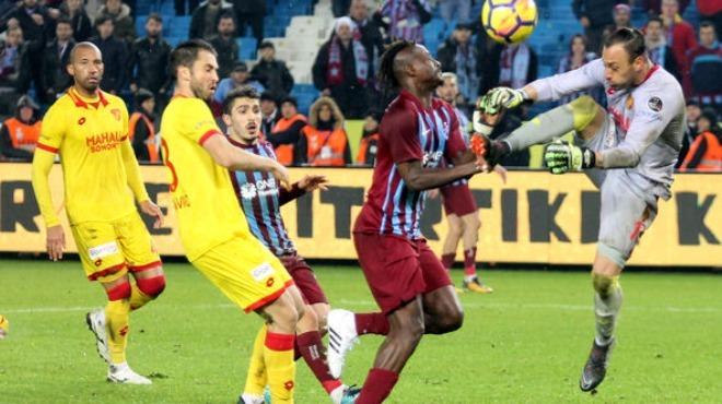 Trabzonspor'da iki yolcu birden!