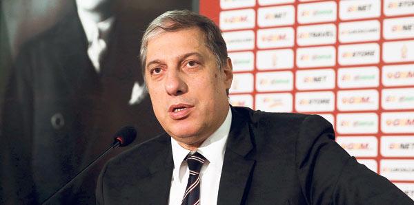 Levent Nazifoğlu Galatasaray'ın UEFA görüşmesi hakkında flaş ifadeler kullandı