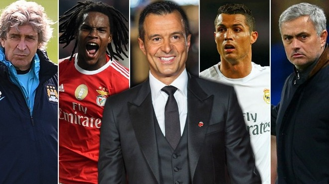 Futbolcular oynuyor, menajerler kazanıyor