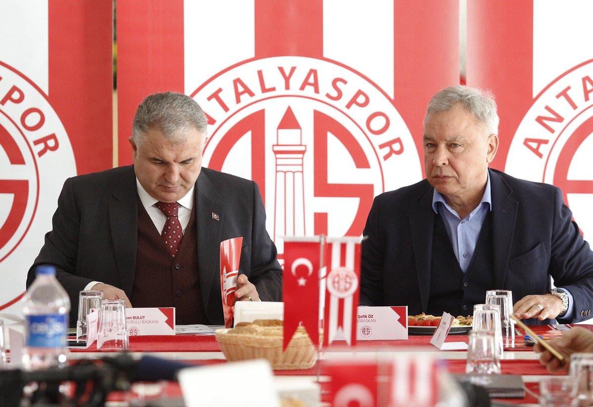 """""""Kulübün bankalara borcu 205 milyon civarında"""""""