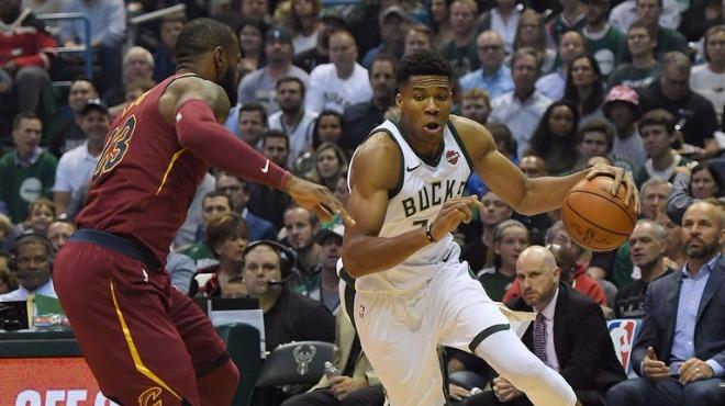 """""""LeBron'un gelecek sene Milwaukee'de oynamasını isterim"""""""