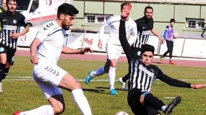 Nazilli Belediyespor, Konya'da kaybetti