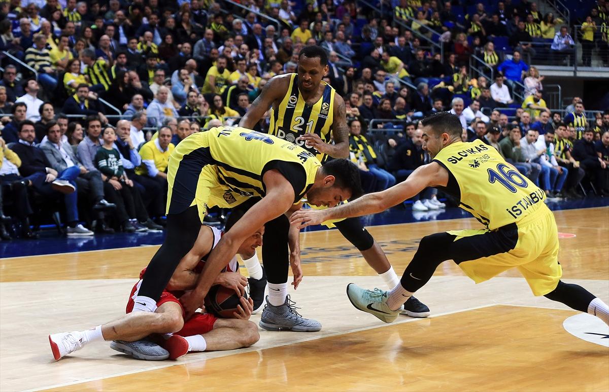 Fenerbahçe Olimpia Milan'a fark attı!