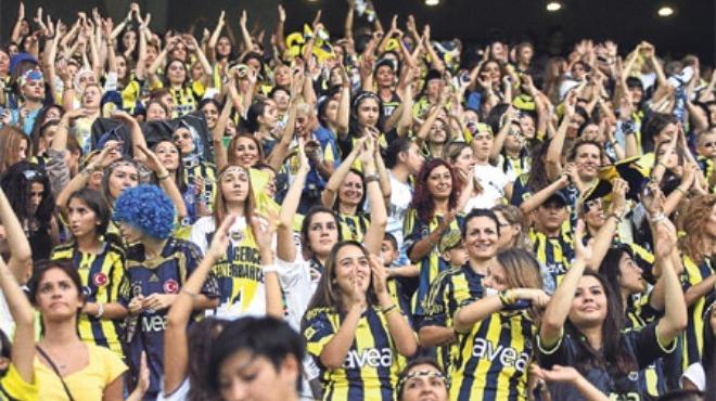 Fenerbahçe'den kadınlara jest