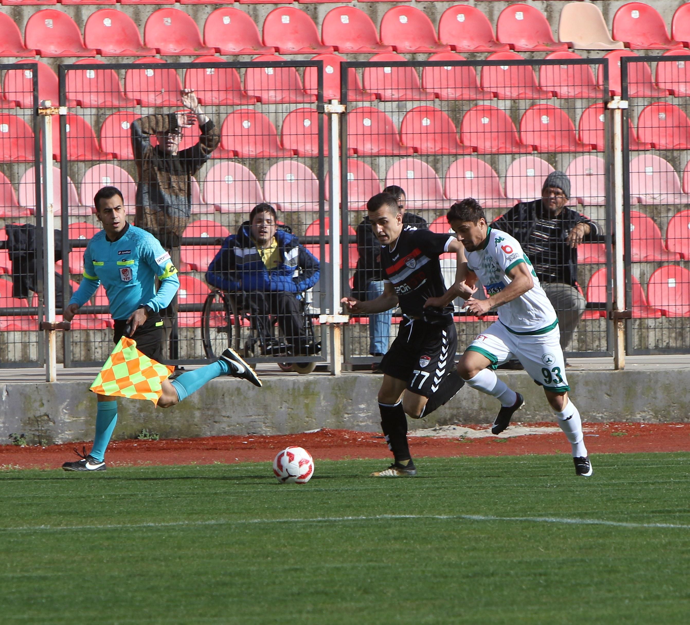 Manisaspor - Giresunspor maçından dakikalar