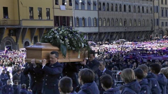 Fiorentinalı Astori son yolculuğuna uğurlandı