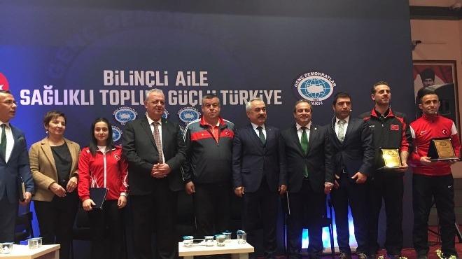 Milli halterciden Başkan Alıcık'a teşekkür