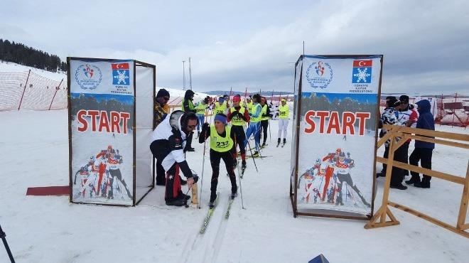 Kayaklı Koşu K1 Ligi'nde final mücadelesi Sarıkamış'ta başladı