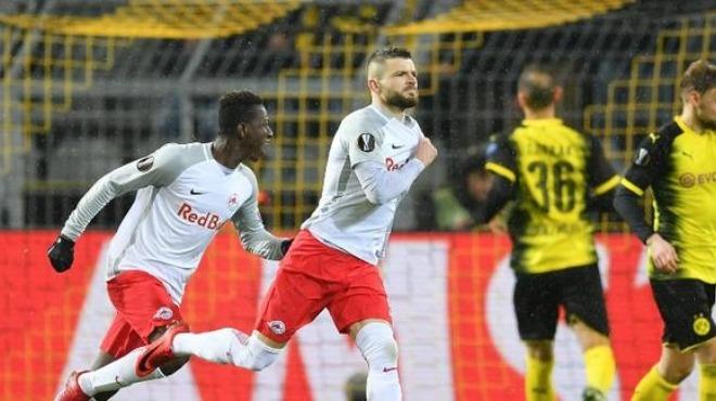 Salzburg'un peri masalı devam ediyor! B. Dortmund'u da elediler...