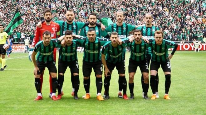 Sakaryasporlu futbolculara 'çukur şarkısı' cezası! 100'er bin...
