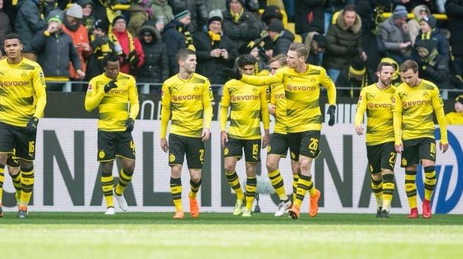 Dortmund tek attı üç aldı!