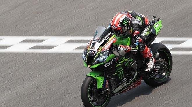 Dünya Superbike Şampiyonası'nda heyecan sürüyor