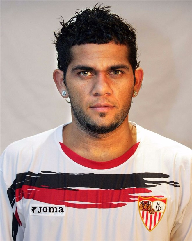 Dani Alves - 35 Milyon euro