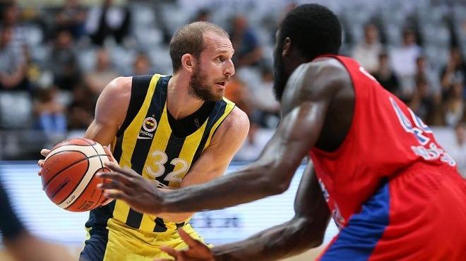 Fenerbahçe Doğuş, Khimki'ye konuk oluyor