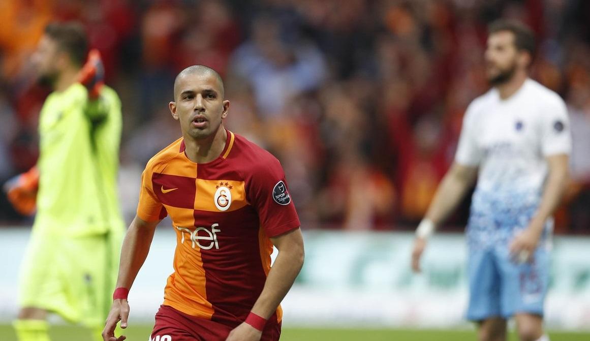 Galatasaray'ın liderliği sürüyor