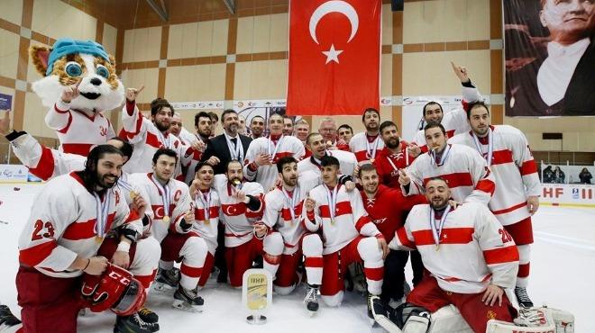 Milli buz hokeycilerde hedef şampiyonluk