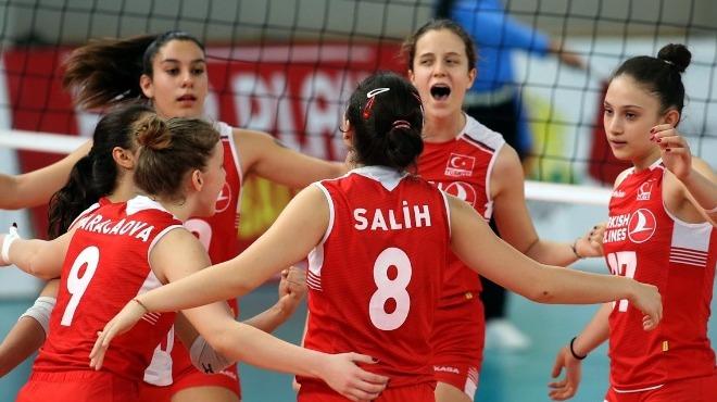 Türkiye, gruptaki ilk maçında Ukrayna'yı devirdi