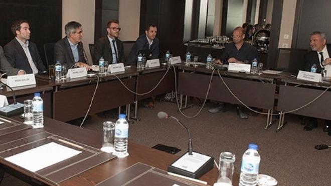 Galatasaraylı yöneticiler, Avrupa Ligi yöneticileriyle görüştü! Neler konuşuldu?