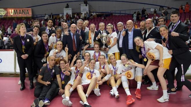 Mustafa Cengiz: Bu kupa camiamızın başarısı