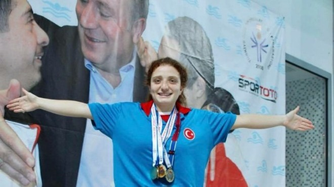 Paralimpik yüzücülerden 55 madalya