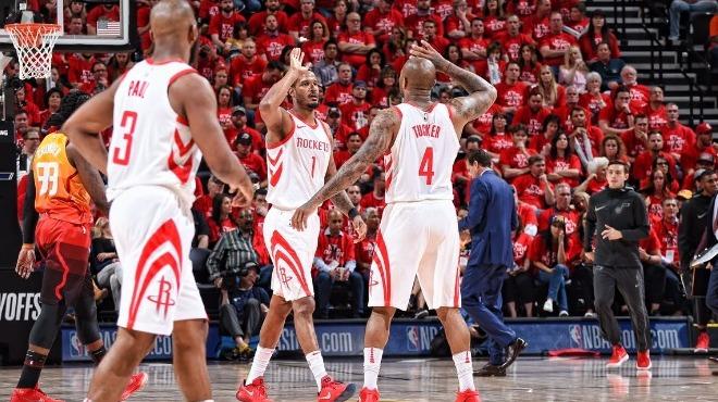 Houston Rockets seride öne geçti