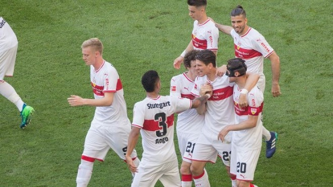 Mario Gomez, Stuttgart'ı sırtladı!